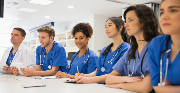 5 reasons to study medicine in the uk