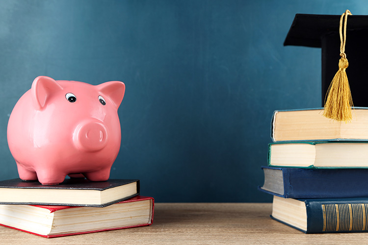 10 Best-Paid Jobs For Students Studying In The UK